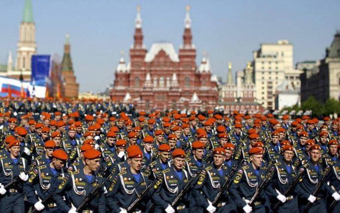 Парад 9 мая ко Дню Победы